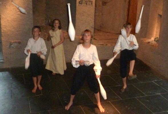 Sweet Juggling Siblings Vianden, Luxembourg July 26, 2014
