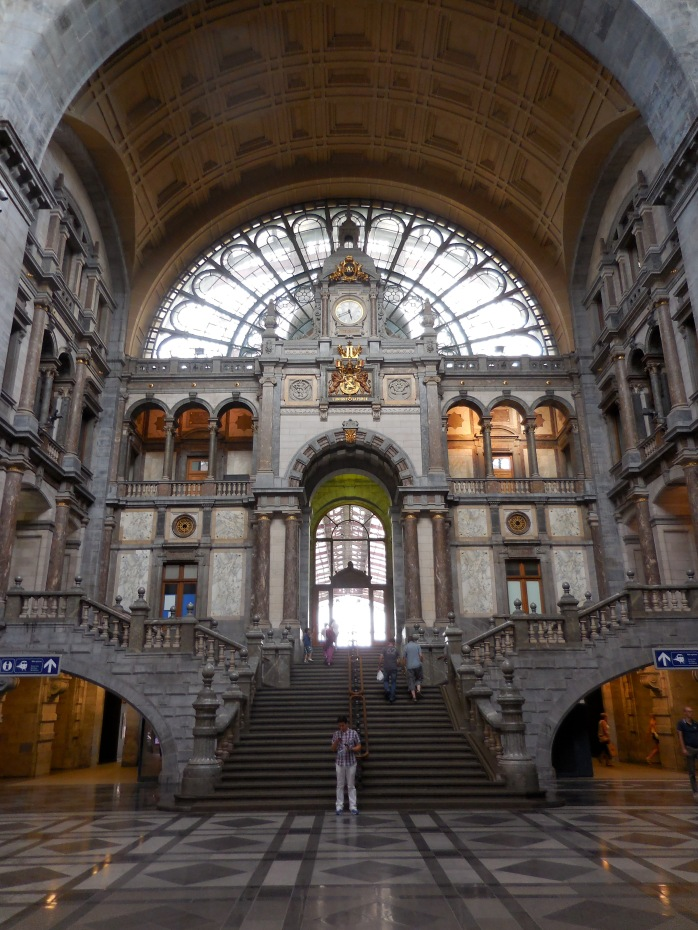 Antwerp Train Station Antwerp, Belgium July 24, 2014