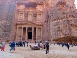 If you get to Petra later in the day, you'll be met with many more crowds than early on - by Anika Mikkelson - Miss Maps - www.MissMaps.com