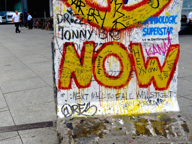 Berlin Wall Graffitti 4