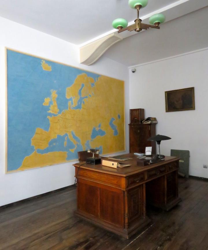 Schindler's Workshop Desk Krakow - Read more at www.beautifulfillment.com