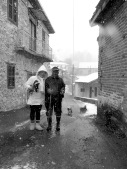 The Lovely Couple I Met While on a Walk in Tres Elies - by Anika Mikkelson - Miss Maps - www.MissMaps.com