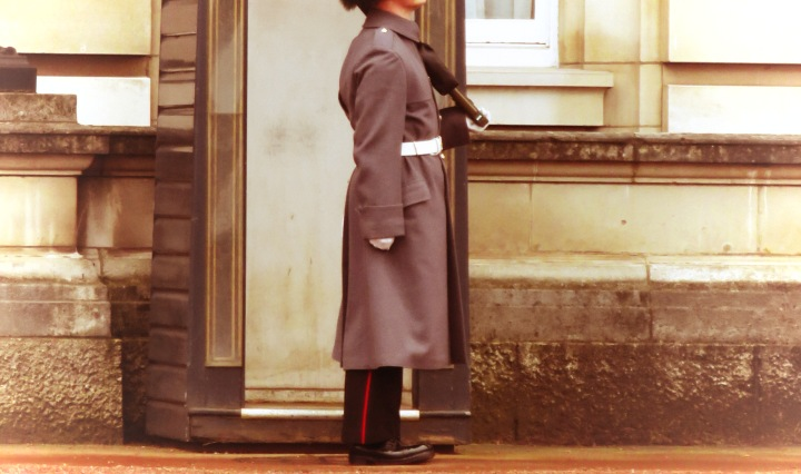Buckingham Palace Guard - London, England, United Kingdom - by Anika Mikkelson - Miss Maps