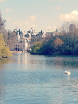 St. James's Park outside Buckingham Palace - London, England, United Kingdom - by Anika Mikkelson - Miss Maps