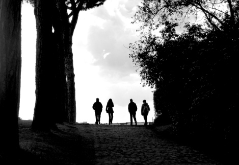 A walk in the park in Rome Italy - by Anika Mikkelson - Miss Maps - www.MissMaps.com