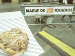 Cookies in Toulouse - Toll House Cookies - Toulouse France - by Anika Mikkelson - Miss Maps - www.MissMaps.com