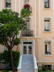 Lovely homes - Monaco - by Anika Mikkelson - MissMaps.com