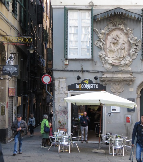 Old Town - Genoa, Italy - by Anika Mikkelson - Miss Maps - www.MissMaps.com