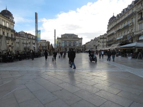 Plaza de Comdie Montpellier France - by Anika Mikkelson - Miss Maps - www.MissMaps.comPlaza de Comdie Montpellier France - by Anika Mikkelson - Miss Maps - www.MissMaps.com