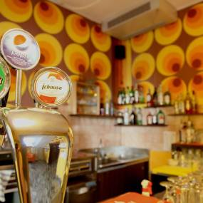 Sunflower Hostels have their own bar AND happy hour. Let's go!