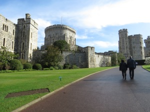 Walking to Windsor Palace - Unsure of what's to come - Windsor, London, UK - by Anika Mikkelson - Miss Maps - www.MissMaps.com