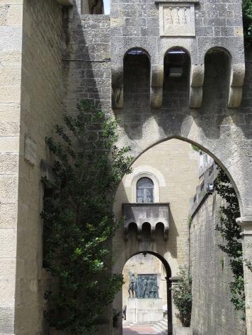 Arches of San Marino - by Anika Mikkelson - Miss Maps - www.MissMaps.com