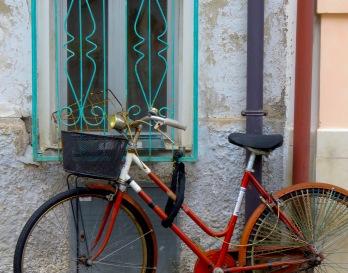 Bike Baskets - Rimini Italy - by Anika Mikkelson - Miss Maps - www.MissMaps.com