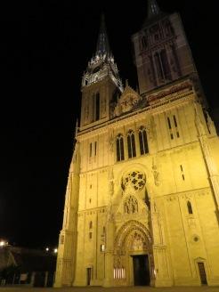 Catedral de San Esteban - Zagreb Croatia - by Anika Mikkelson - Miss Maps - www.MissMaps.com