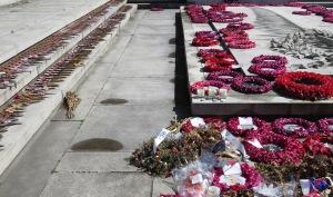 Glasgow's War Memorial - Glasgow Scotland - by Anika Mikkelson - Miss Maps - www.MissMaps.com
