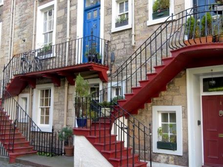Homes of Edinburgh Scotland - by Anika Mikkelson - Miss Maps - www.MissMaps.com
