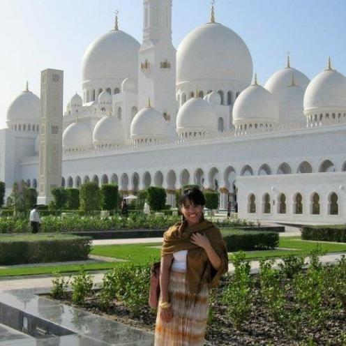 Jelitsa in Abu Dhabi - MissMaps.com Featured Female Traveler