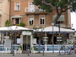 La Marianna Cafe in Rimini Italy - by Anika Mikkelson - Miss Maps - www.MissMaps.com