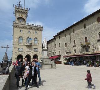 Selfies in San Marino - by Anika Mikkelson - Miss Maps - www.MissMaps.com