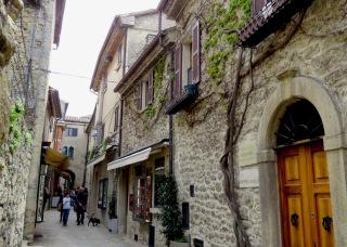 Streets of San Marino - by Anika Mikkelson - Miss Maps - www.MissMaps.com