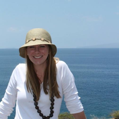 Erin in Maui Hawaii - Miss Maps Featured Female Traveler