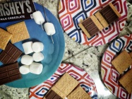 This is how you make a s'mores - Cleveland Ohio - by Anika Mikkelson - Miss Maps - www.MissMaps.com