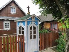 Wooden Homes of Bialowieza Poland - by Anika Mikkelson - Miss Maps - www.MissMaps.com