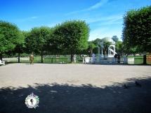 Gold Man Goes for a Walk in Central Park - Tallinn Estonia - by Anika Mikkelson - Miss Maps - www.MissMaps.com