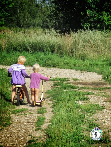 The Girls going for a walk and ride - South Estonia - by Anika Mikkelson - Miss Maps - www.MissMaps.com