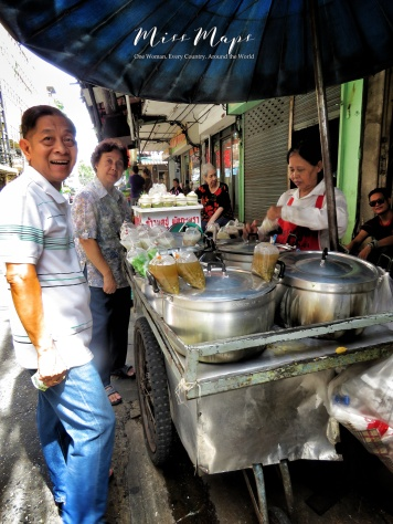 Street Eats and Laughs - Bangkok Thailand - by Anika Mikkelson - Miss Maps - www.MissMaps.com