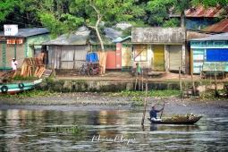 man-in-his-boat-mongla-sundarbans-bangladesh-by-anika-mikkelson-miss-maps-www-missmaps-com