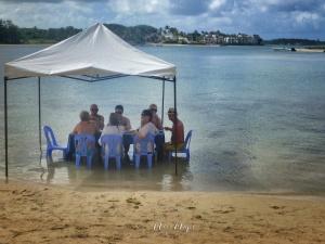 Dining in the Sea - Ile aux Cerfs - Mauritius - by Anika Mikkelson - Miss Maps - www.MissMaps.com