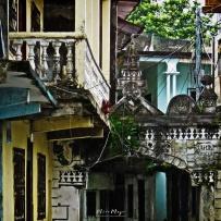 Facade Details - Moroni - Comoros - by Anika Mikkelson - Miss Maps - www.MissMaps.com